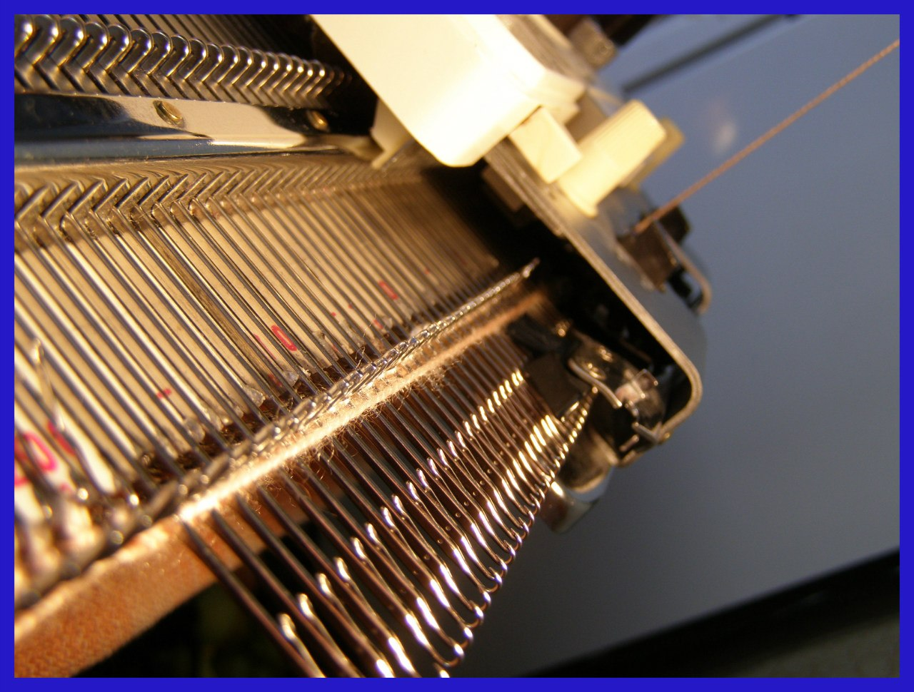 Инструкция к вязальная машина иналса